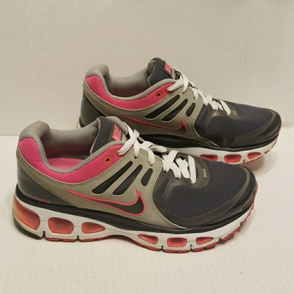Nike Air Max Tailwind 2 women s shoes size 7.5. M 5ab1a6968af1c56568d7cc57 f926521a8